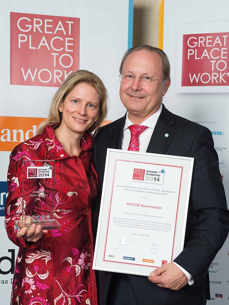 Vyznamenanie Výborný zamestnávateľ pre rok 2014 získala spoločnosť Pascoe