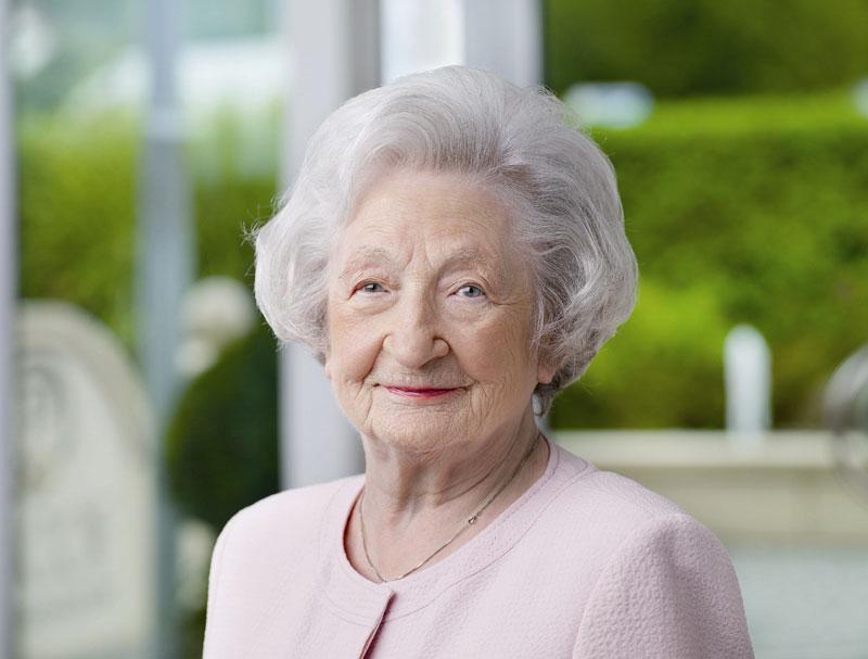 Vyššia riaditeľka Ingeborg Pascoe (16. 01. 1918 – 10. 09. 2015)